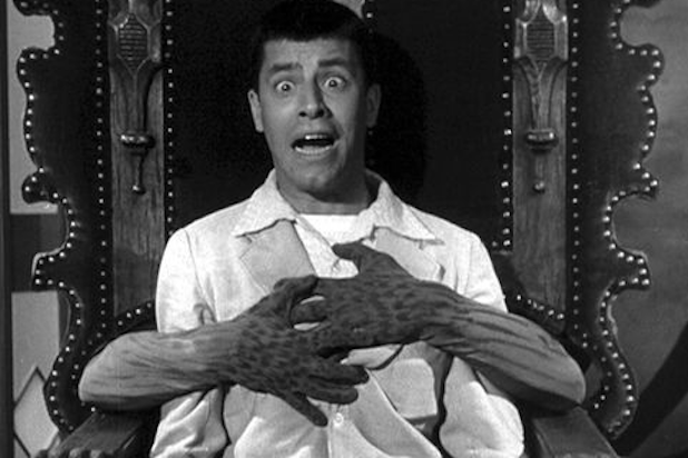 Jerry-Lewis-Scared-Stiff