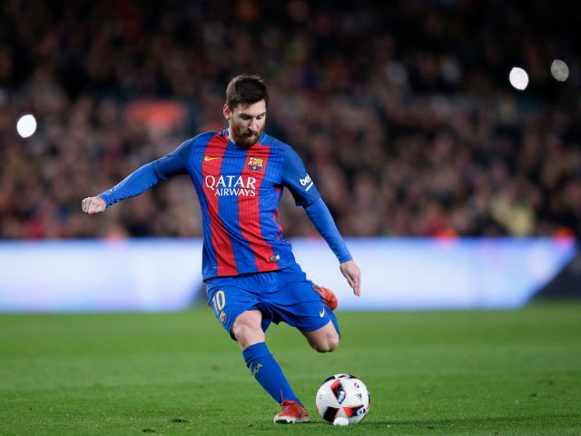 lionel-messi-wrong-foots-goalie-to-nail-his-third-free-kick-in-3-days