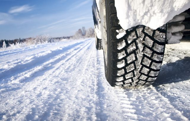 Pros-and-Cons-of-Snow-Tires