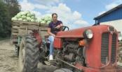 Odbacila diplomu Ekonomskog fakulteta i sjela za traktor: Selo je budućnost