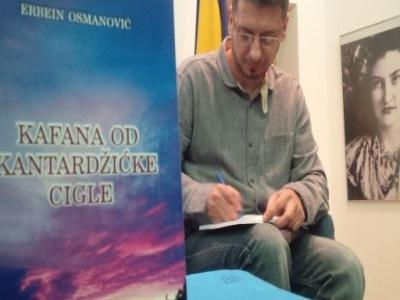 """Održana promocija knjige """"Kafana od kantardžićke cigle"""" autora Erbeina Osmanovića iz Brčkog"""