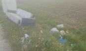 Donje Dubravice kod Brčkog: Autobuska stanica, deponija ili WC? (FOTO)
