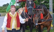 Aziz Aga Šehović iz Brčkog ove godine sa konjanicima na Ajvatovicu ide fijakerom