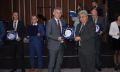 """Gradonačelniku Miliću u Skoplju uručeno priznanje """"Globallocal"""""""