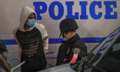 Neredi i dalje traju | Četiri policajca ranjena u St. Louisu, dvojica udarena automobilom u Buffalu