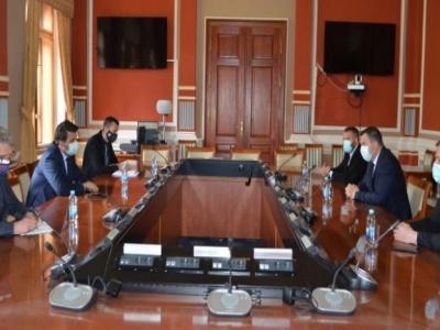 Sa ministrom Lučićem razgovarano o stambenom zbrinjavanju izbjeglih i raseljenih lica i socijalnih kategorija