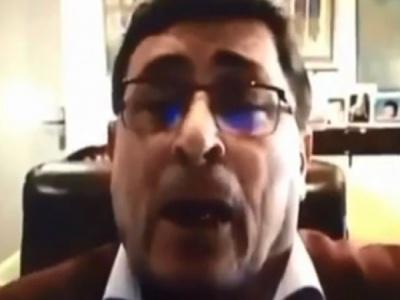 Profesor postao hit na društvenim mrežama: Ono crveno je žena, moja (VIDEO)