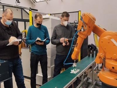 Kompanije u BiH sve više uvode robote u proizvodnji